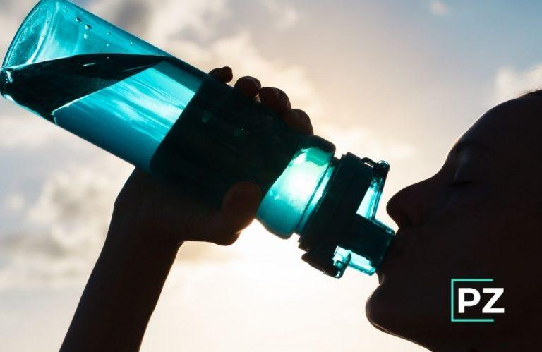 Por qué debes hidratarte bien cuando haces deporte